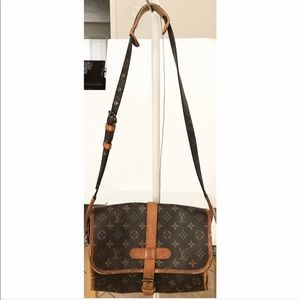 💯Authentic Louis Vuitton Marne Crossbody Bag